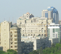 Как позвонить в Баку с мобильного телефона