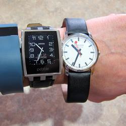 Модные гонки: конкуренция часов-гаджетов возрастает