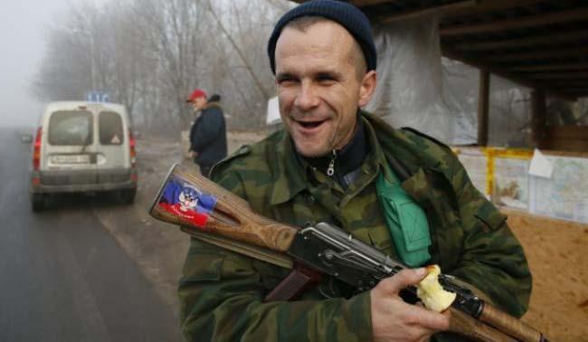 Боевики «ДНР» не хотят делиться деньгами с «ЛНР»