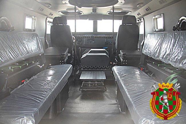 Китай подарил Беларуси 30 бронеавтомобилей