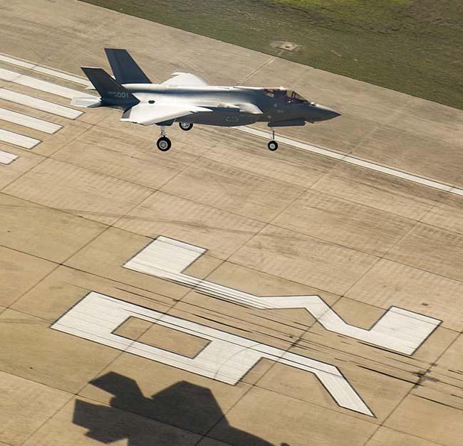 Южная Корея показала свой первый истребитель F-35