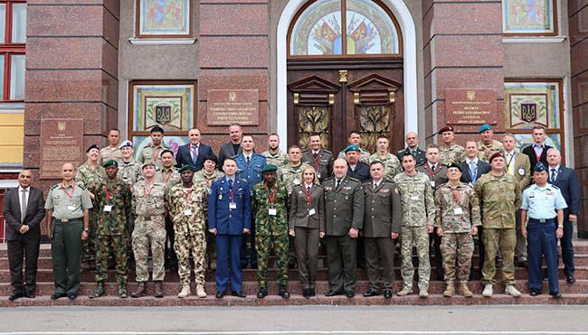 В Киеве обсудили ведение боевых действий в густонаселенных городских районах