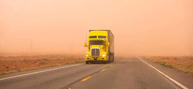 В 2018 грузовики тянут на прицепе весь авторынок Украины