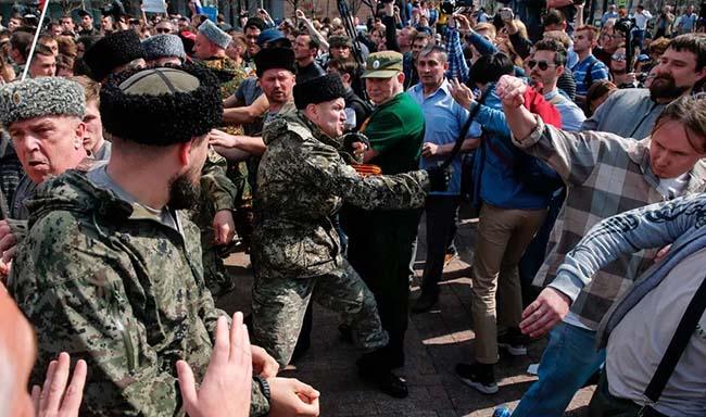Боевиков с Донбасса намерены привлечь для террора против оппозиции в России