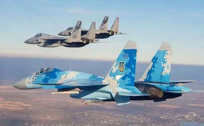 Американский F-15 – стал фаворитом в выборе нового истребителя ВВС Украины
